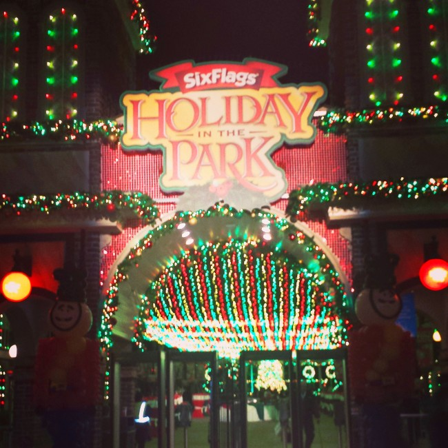 holiday in the park six flags