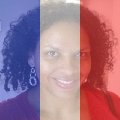 Show your support for Paris by changing your Facebook profile photo.