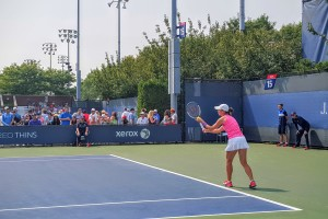 Get Tennis Lessons on Your Schedule with Play Your Court