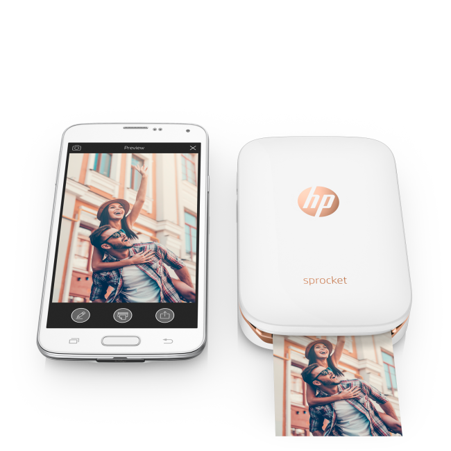 Hot tech gifts for 2016 include this HP Sprocket printer.