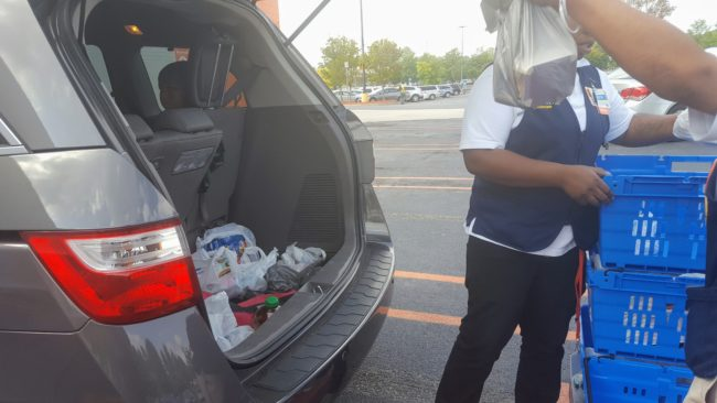 Walmart Grocery pickup service helps parents save time and money.