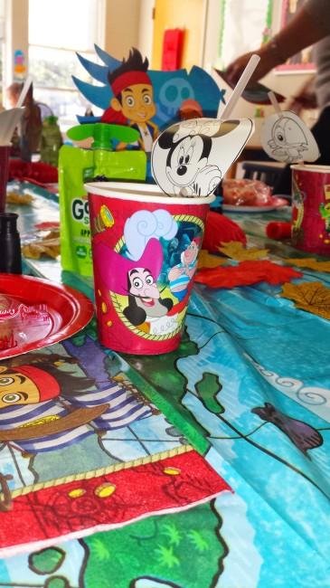 #DisneyKids party tableware