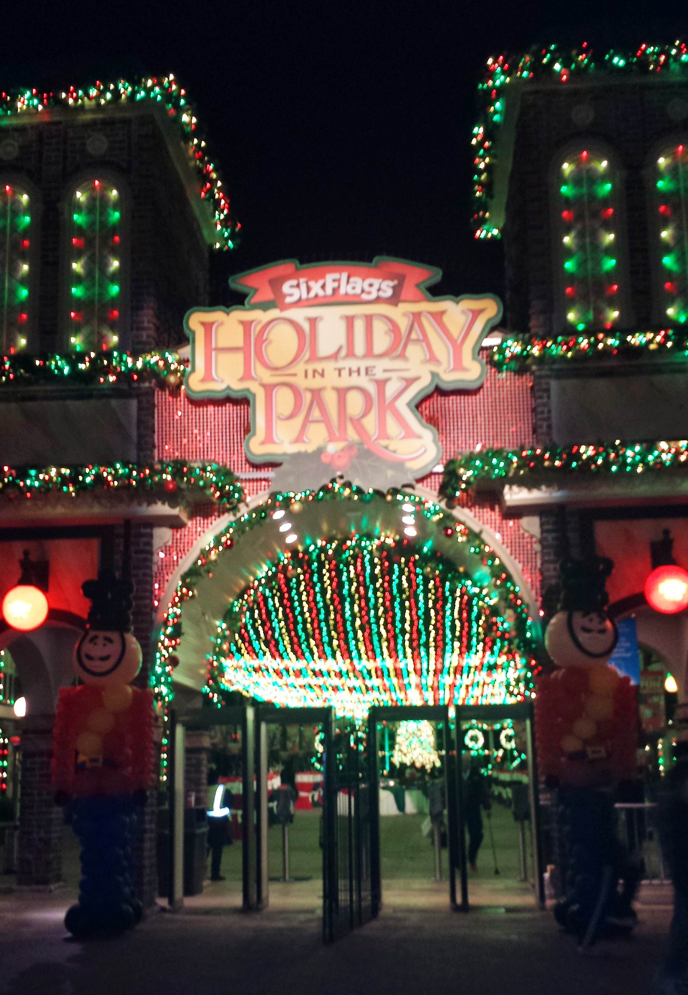 Six Flags Over Georgia Discounts Last Days For Holiday In The Park  E2 80 A2 Mamalicious Maria