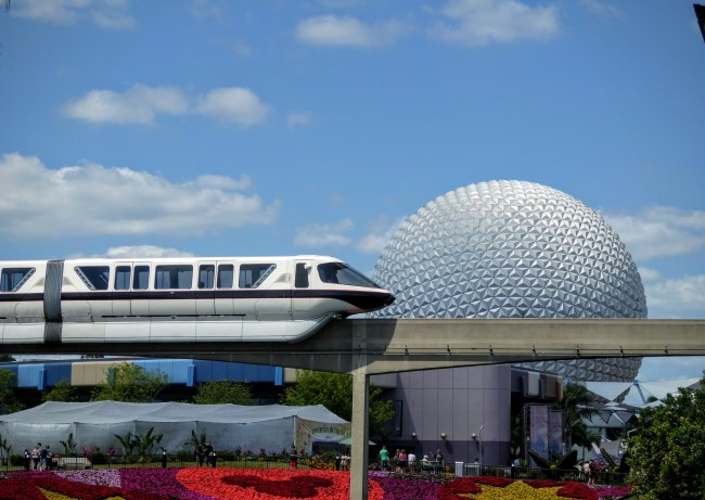 Can you capture the monorail zooming by with your camera phone? Spoiler alert: No.