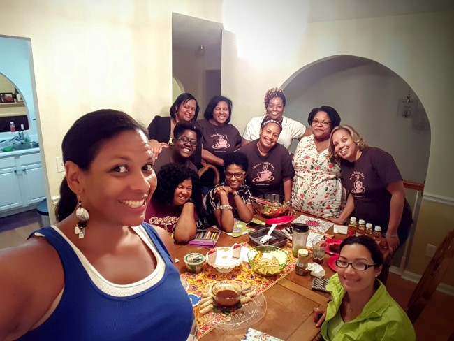 Kendra from HeadbandforToday.com always seems to be hosting summer guests like this Mocha Moms get together.