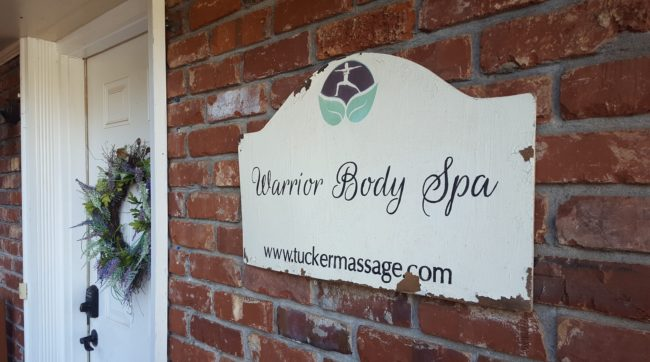 A body contouring session from Warrior Body Spa in Atlanta is one of the best gifts to buy for yourself!