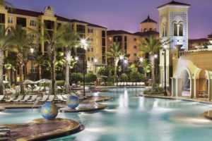 How to Save Money at Fabulous Hotels Near Florida Theme Parks